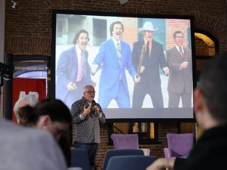 """Masterclass Phil Hughes """"The Serios Business of Comedy"""""""